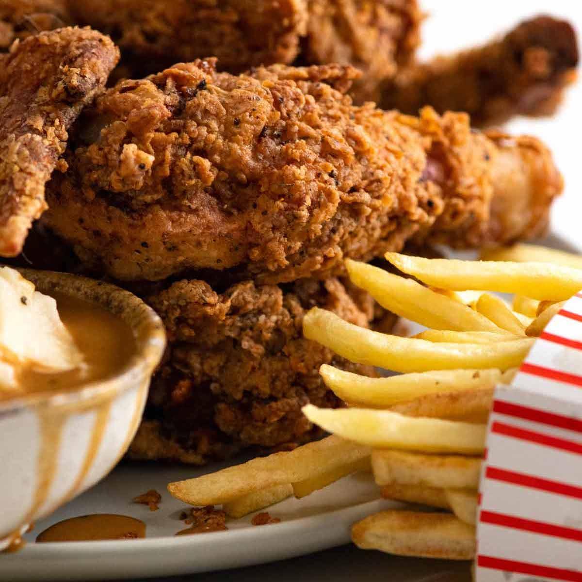 Fried Chicken mana yang paling enak di dunia?'s Image
